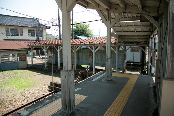 岩峅寺駅3,4番ホーム